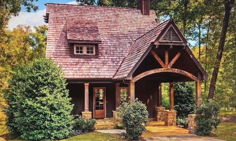 Charming,peaceful cottage at Lake Martin