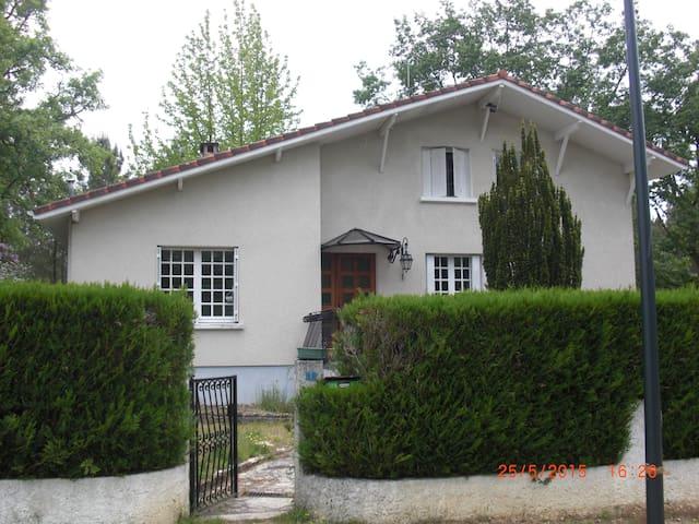 MISSOURI - Luxey - House