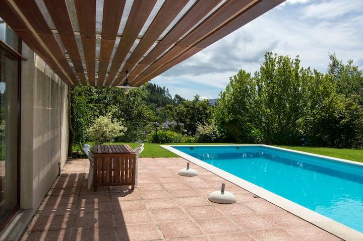 Quinta da Aveleira -ideal for family holidays