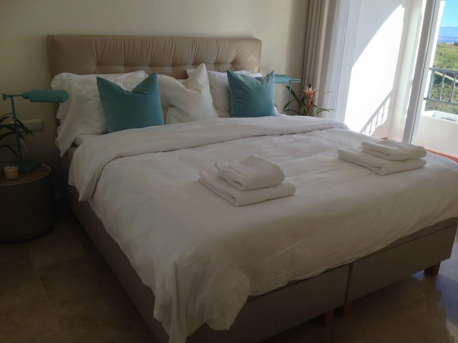 master bedroom 180 x 200