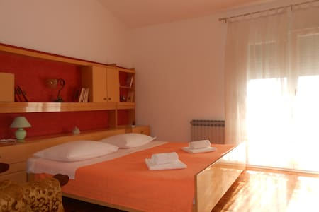 Room Jelena-room with breakfast/2 - Zadar