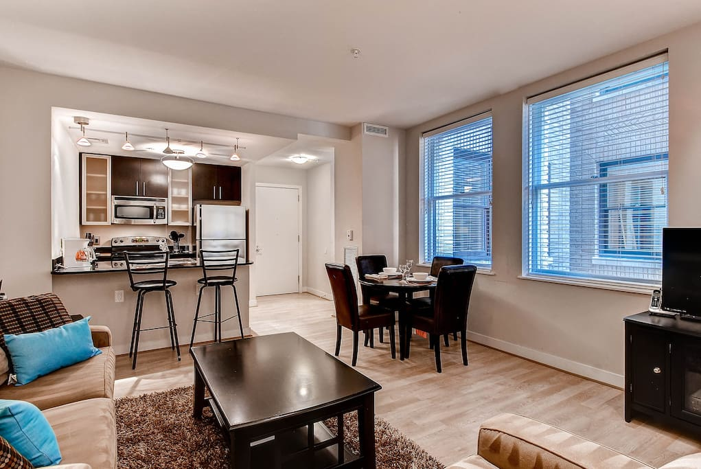 Fully Furnished 1 Bedroom Downtown Dc Apartment Apartments For Rent In Washington District
