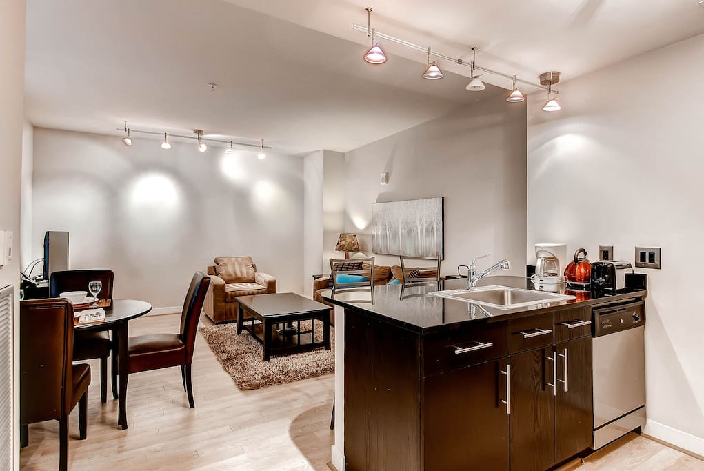 Fully Furnished 1 Bedroom Downtown DC Apartment Apartments For Rent In Wash