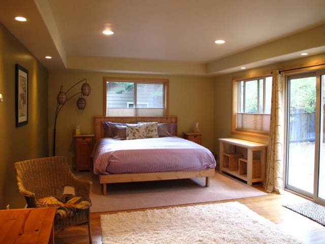 Master Suite with Bath - Tahoe City - Hus