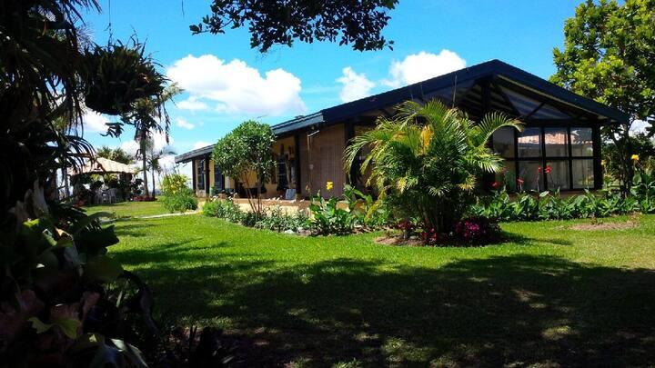 Lodge Cabin in El Penol (Independent)