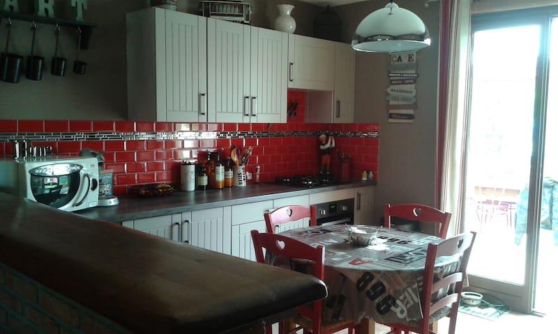La maison de Pascale - Bouvaincourt-sur-Bresle - Bed & Breakfast