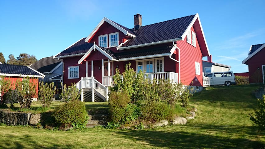 2. Etg på bolig i Helgeroa, Larvik - Larvik - Dom