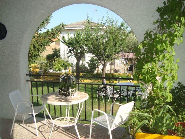 COSY HOUSE IN VENTAS DE RETAMOSA - Las Ventas de Retamosa - Haus