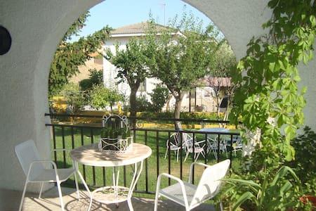 COSY HOUSE IN VENTAS DE RETAMOSA - House