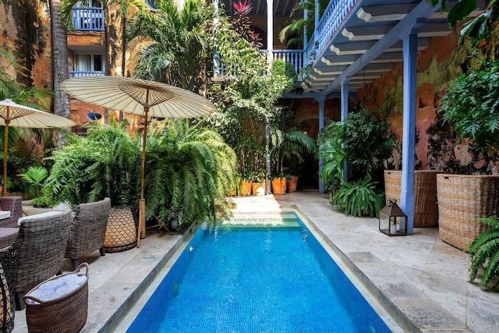 Car025 - Luxury 10 bedroom sea view villa in Cartagena