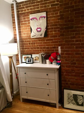charming exposed brick studio apartment apartments for rent in new