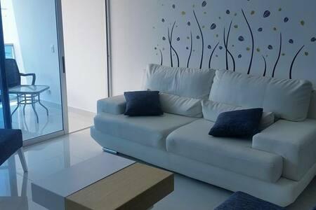 Espectacular apartamento con vista al mar - 聖瑪爾塔