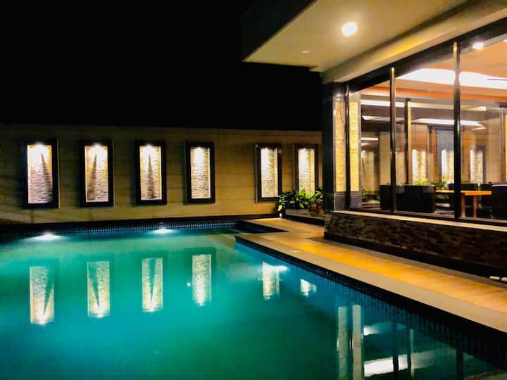 Lux tranquil apartment with pool in North Goa
