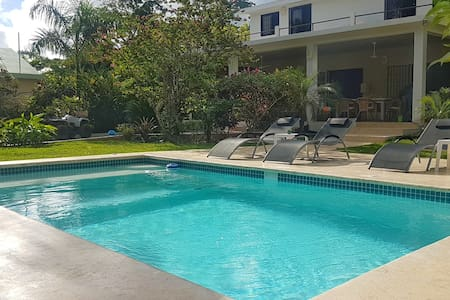 La Belle Créole, home with pool, close to beaches