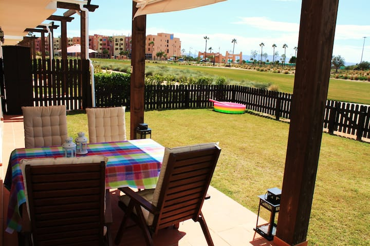 Child friendly apartment with 80 m2 garden