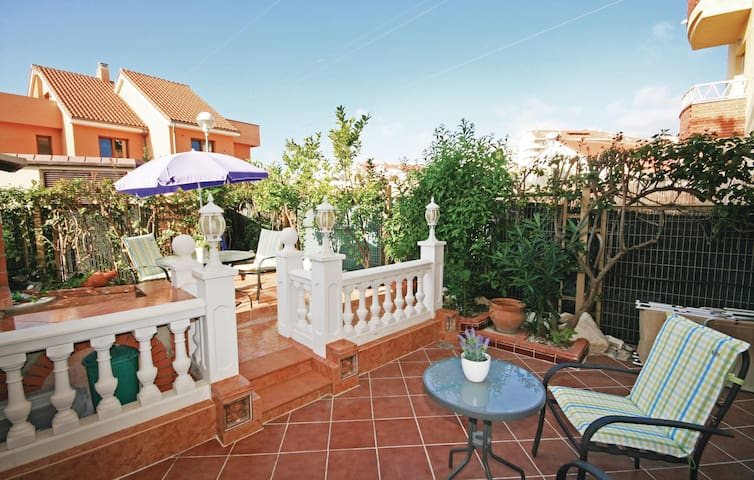 Holiday apartment with 2 bedrooms on 90m² in Fuengirola
