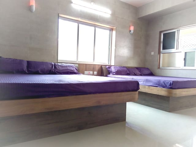 Sextuple Non-AC Suites (6 Occupancy) on Puri beach