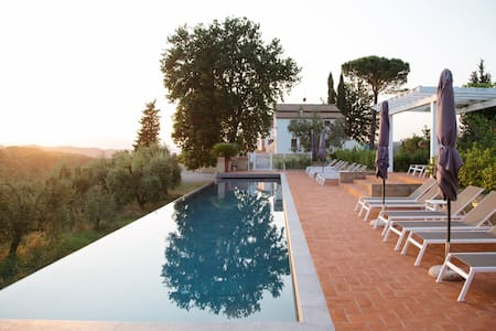 Countryside Dream  farm in Tuscany!!