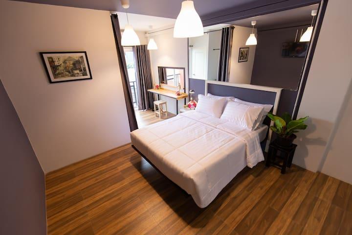 Ratchada Modern Clean Room with Shower Mango 1