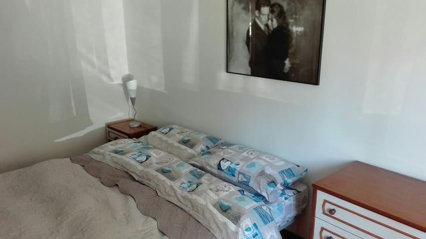 Appartamento camera matrimoniale ..Week end Lucca.