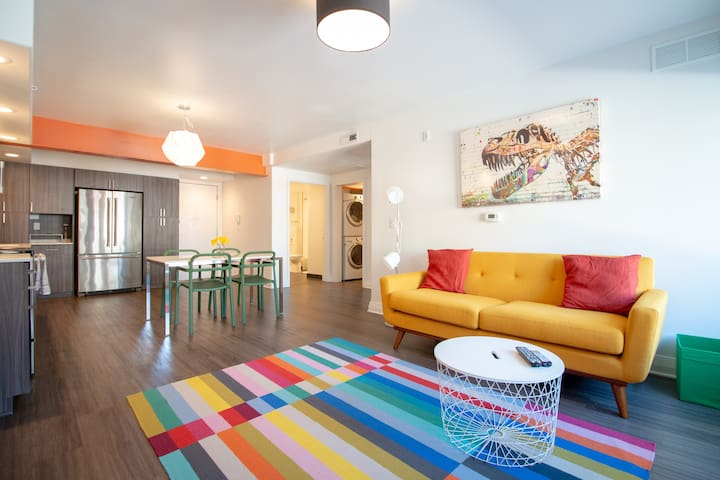 Vibrant & Colorful East Side Apt w/ Free Parking