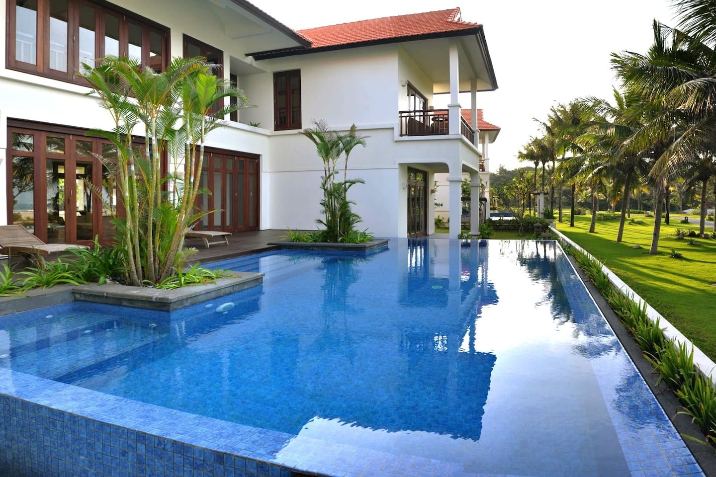 4 Bed-rooms Villa with private pool