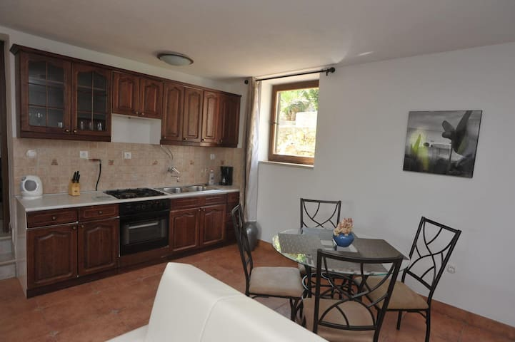 Apartments Biba / Two Bedrooms Oleander - Splitska