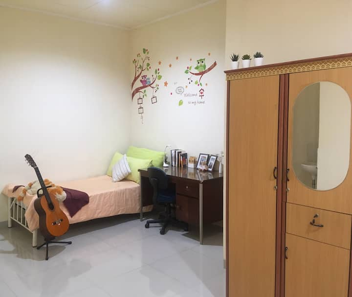Cozy Spacious Rooms in Tangerang - Female Only