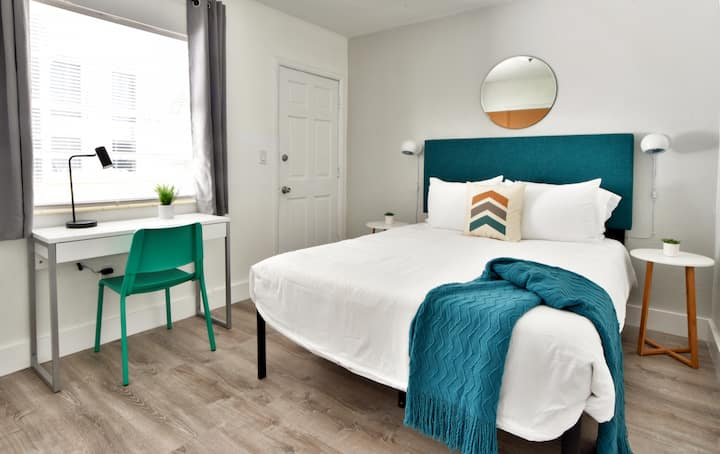 ✨New Two Bedroom plus Free Parking + No CLEANING FEE