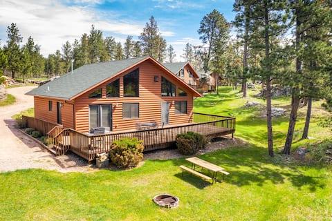 Executive Lodge at Premier Camping Resort