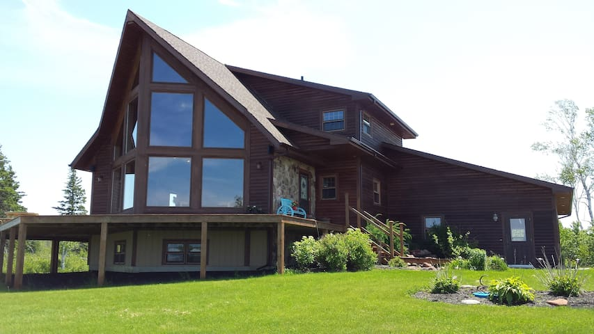 Waterfront Paradise within 15 mins to downtown!! - Mount Stewart - Dom