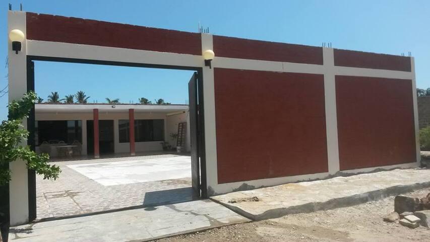 #Colan Casa Confortable. - Colan District - House
