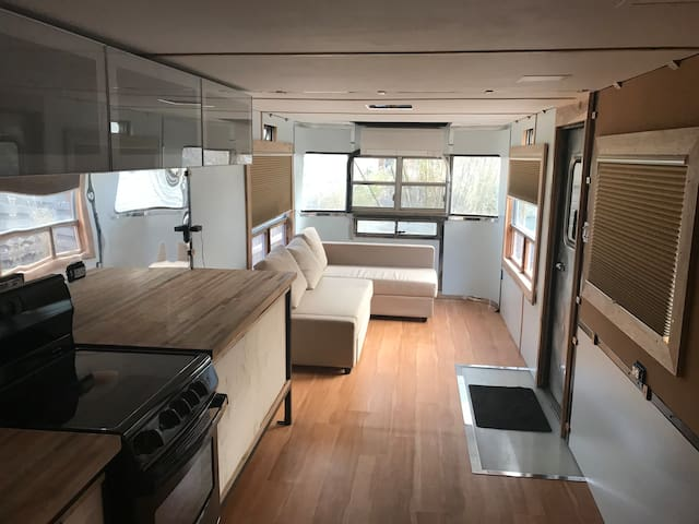 Spacious and airy Private tiny home
