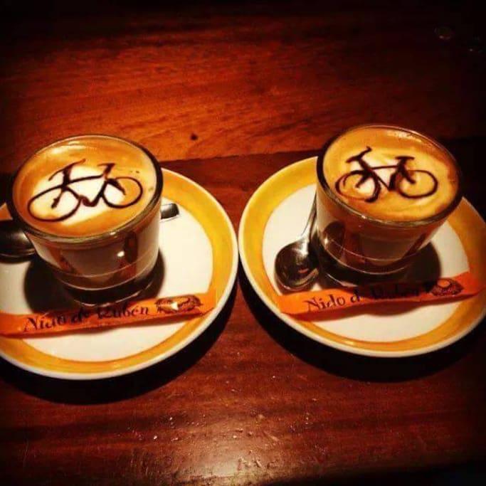 Café gratis para quienes participan en el proceso