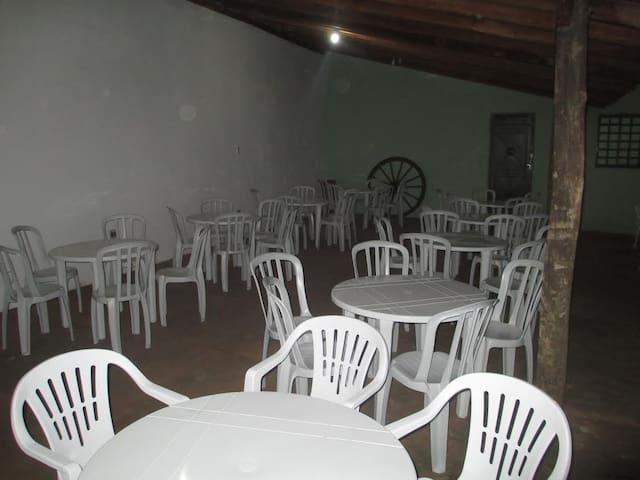 Chácara com Piscina - Araraquara - Casa de campo