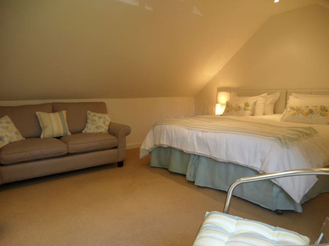 HolidayHome in Witney, ideal for Burford, Cotswold - Witney - Apartment