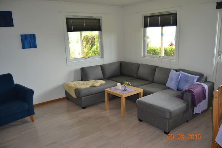 Apartment with  2 bedrooms and view - Figgjo - House