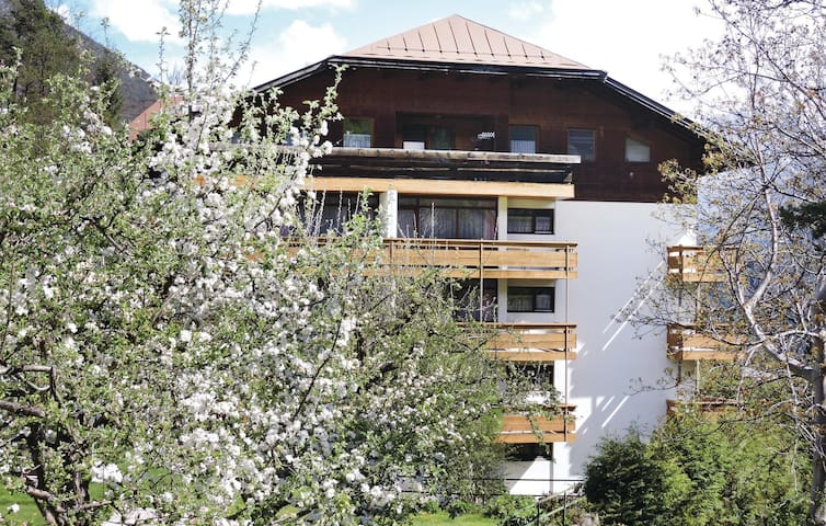 Holiday apartment with 1 bedroom on 50m² in Imst