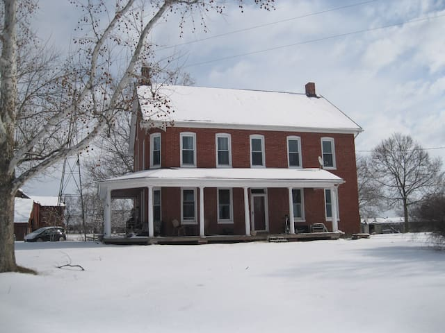 Home Away From Home - Double Bed - Taneytown - House