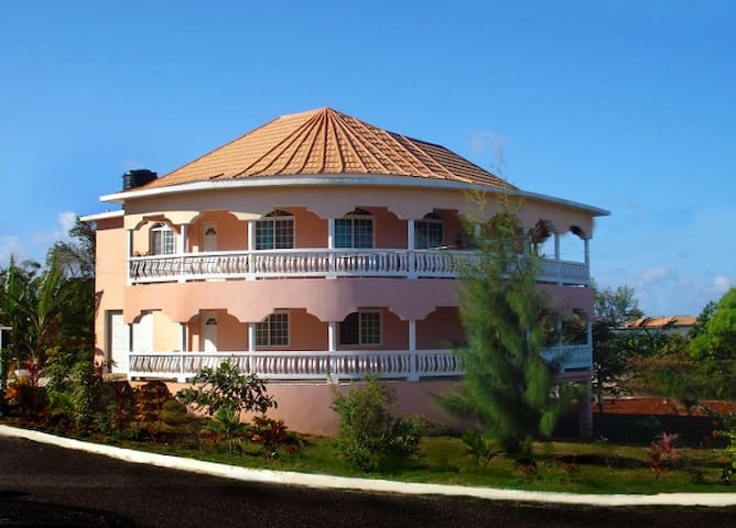 Rosecliff Villa Negril
