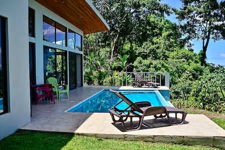 Modern, easy access, ocean & Sunset, Infinity Pool - Dominical - Villa
