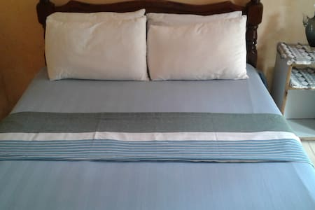 Private double room - Galle - House