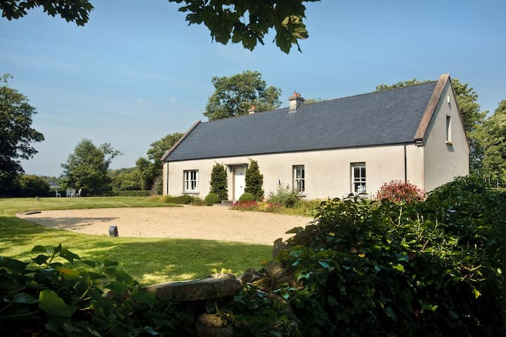Dromore Cottage - Ballintra - Ev