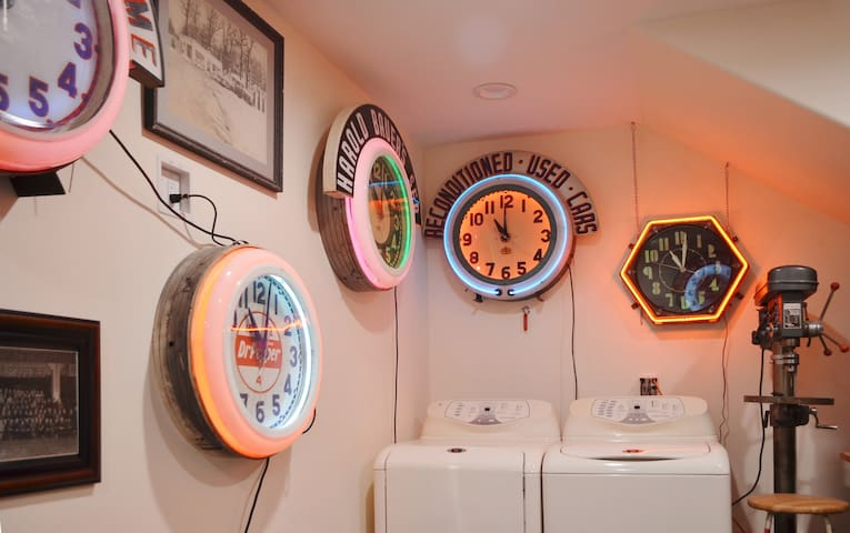 There is a washer and dryer in our kitchenette for you.  You can also enjoy our clock museum.