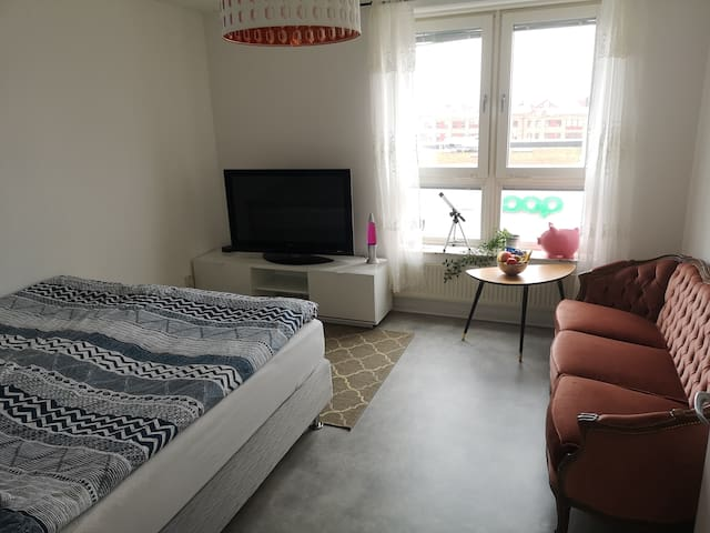 Comfortable room in central Halmstad