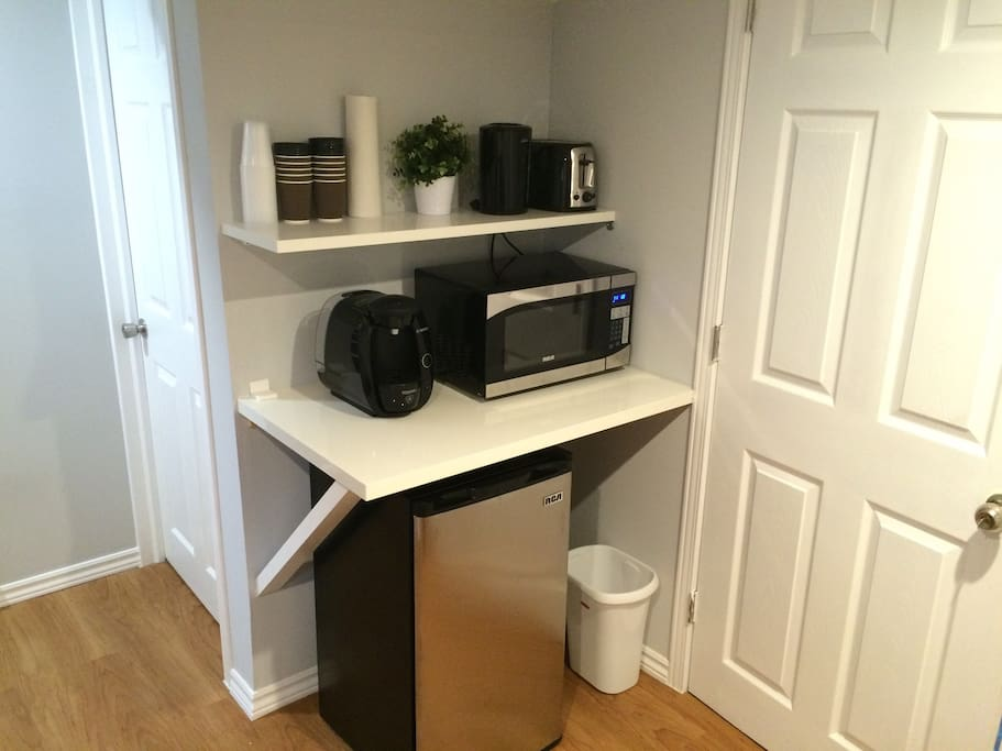 Microwave, kettle, mini fridge, and cutlery. Includes a free coffee or tea for breakfast per guest.