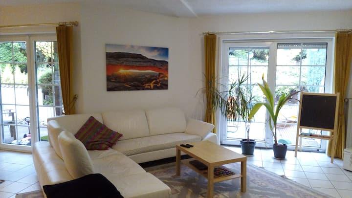 großes Haus in Vallendar mit Sonnenterasse