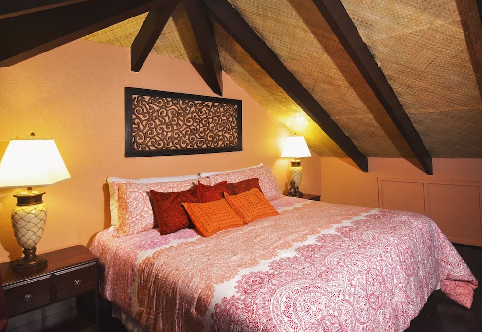 Spacious loft with eastern design.  King size bed.