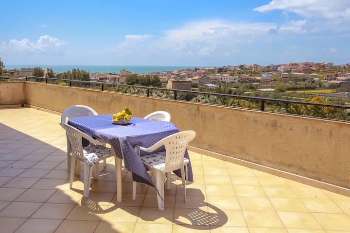 "Appartamento con vista panoramica: ""Gelsomino"""