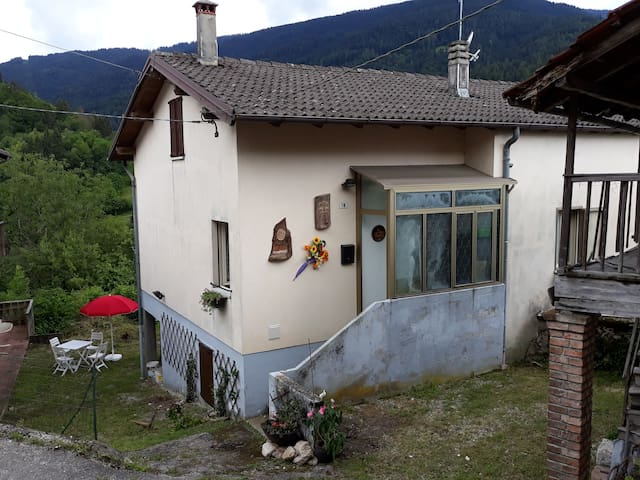 Casa con vista a Servo